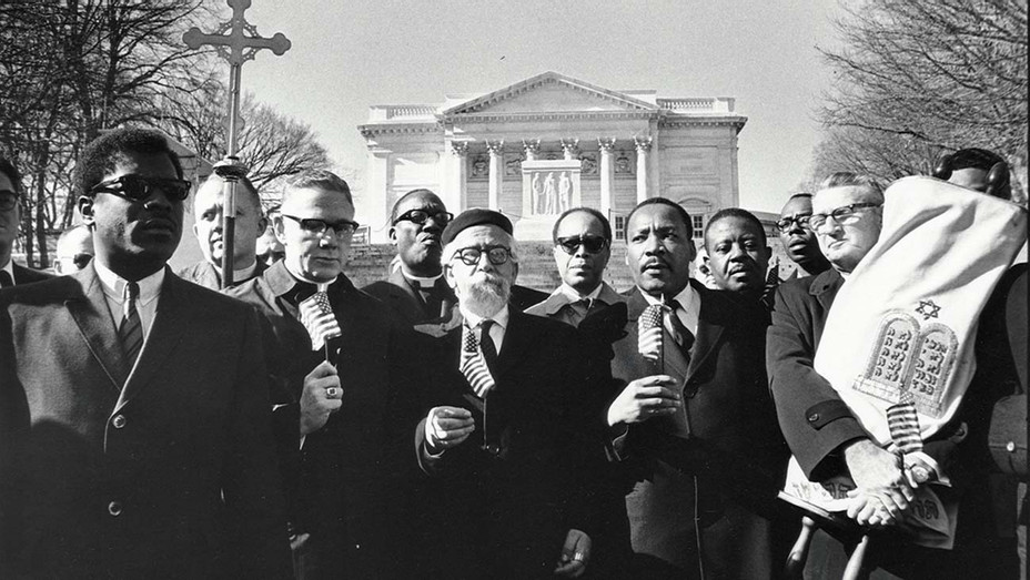 ONE TIME USE ONLY - Leaders of the protest -  Arlington Cemetery, February 6, 1968-Getty - H 2020
