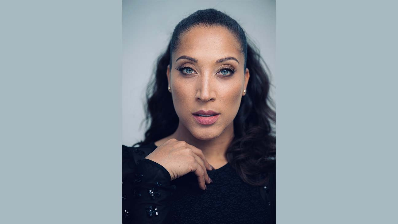 Robin Thede Signs Overall Deal With Warner Bros. TV
