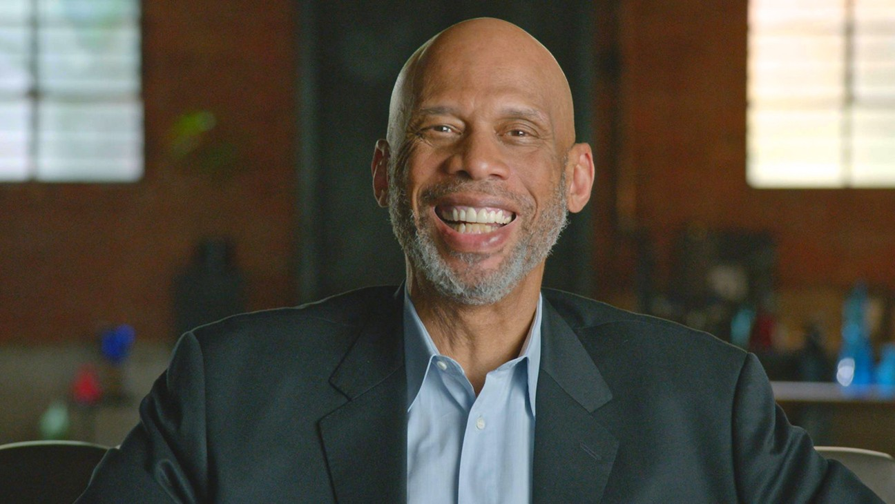 The Hollywood Reporter's Kareem Abdul-Jabbar Wins Best Columnist, THR Takes Other Top Honors at SoCal Journalism Awards