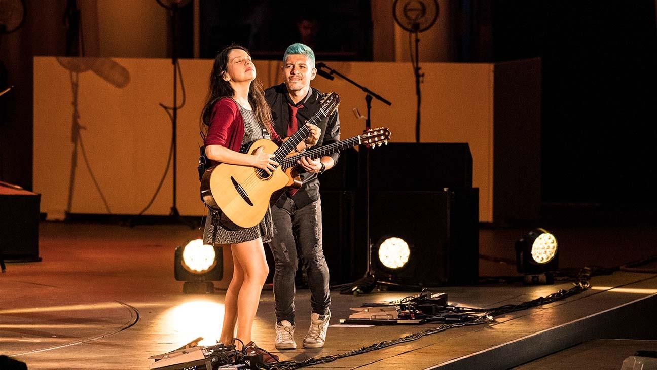 Rodrigo y Gabriela's Gabriela Quintero on New Hollywood Bowl Series, Life in Lockdown