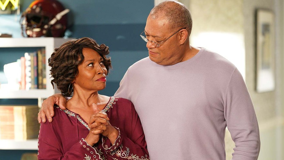 JENIFER LEWIS and LAURENCE FISHBURNE in BLACK-ISH.