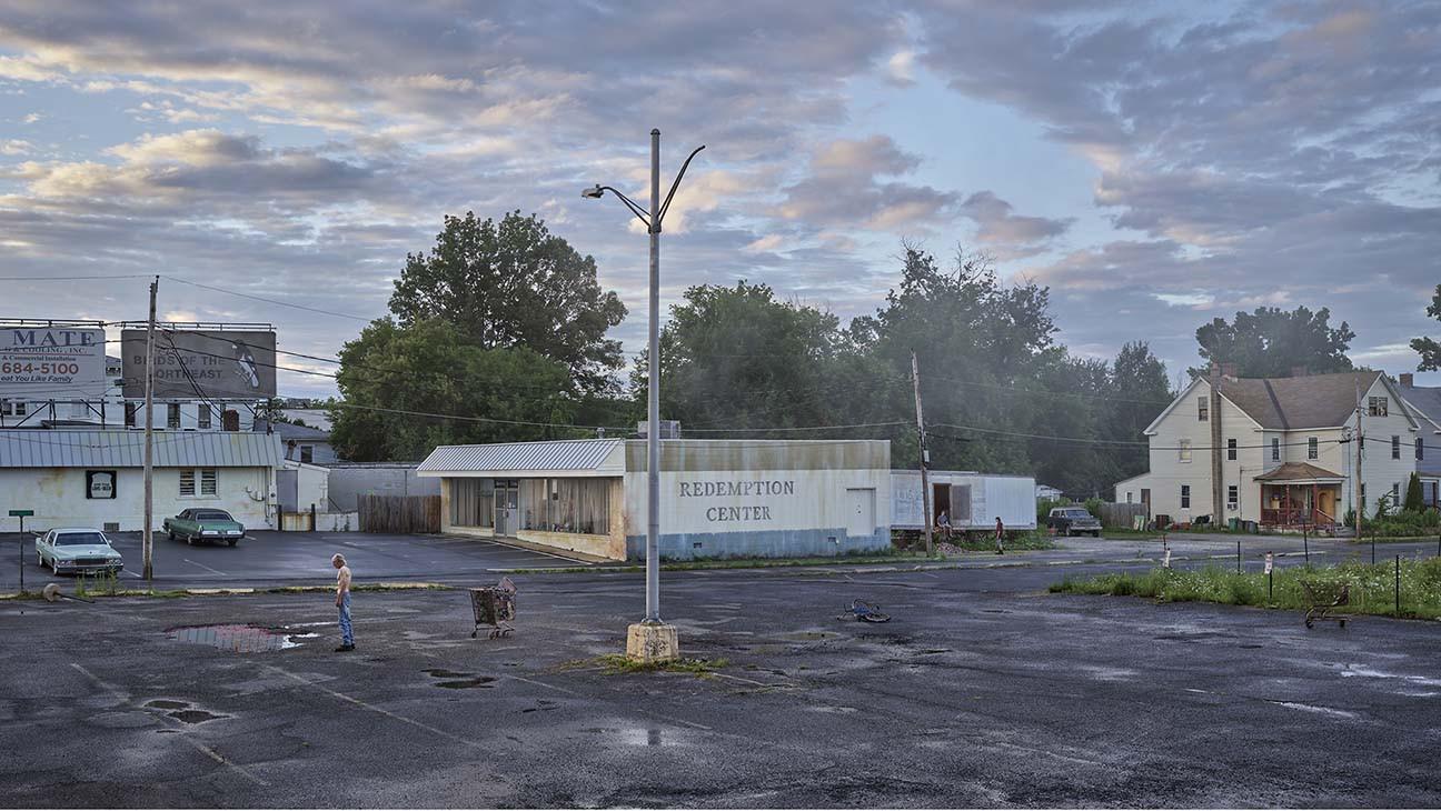 Photographer Gregory Crewdson, Who Influences Moody TV Dramas, Debuts New Gagosian Show