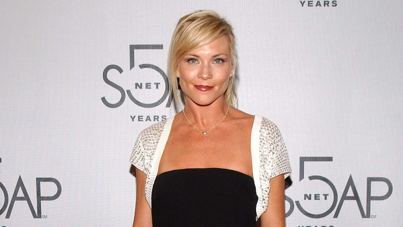 'Melrose Place' Actress Amy Locane to Return to Prison for 2010 Crash
