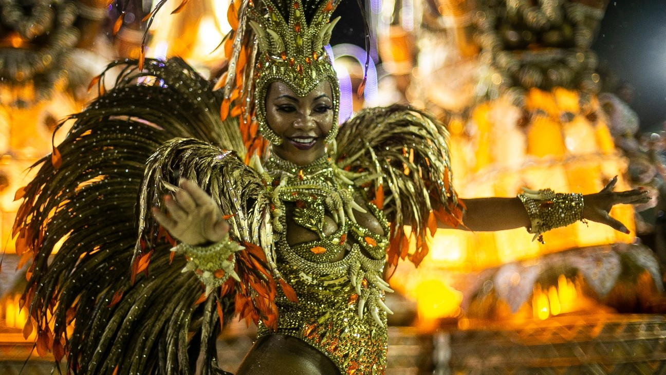 Virus Disrupting Rio's Carnival for First Time In a Century