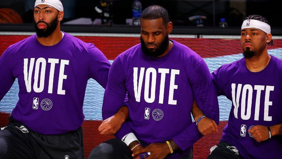 LeBron James Lakers Vote - Getty - H 2020 - 1600953379
