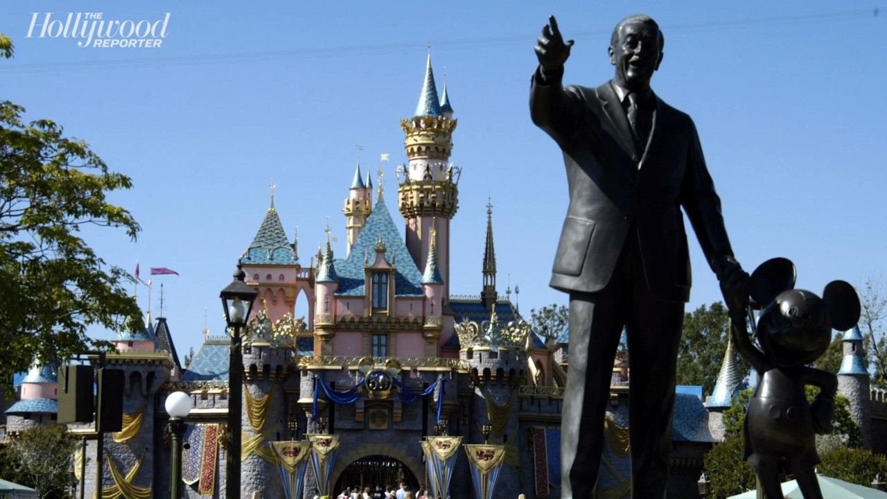 Disney Parks Chief Wants Clearance to Reopen From Governor | THR News