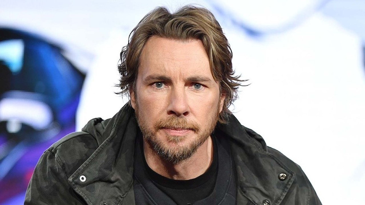 Dax Shepard Opens Up About Relapsing After 16 Years of Sobriety, 'Family Guy' Finds New Cleveland Brown & More | THR News