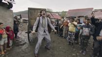 "Golden Globes: Sacha Baron Cohen Thanks ""All-White"" HFPA, Rudy Giuliani as 'Borat 2' Wins"