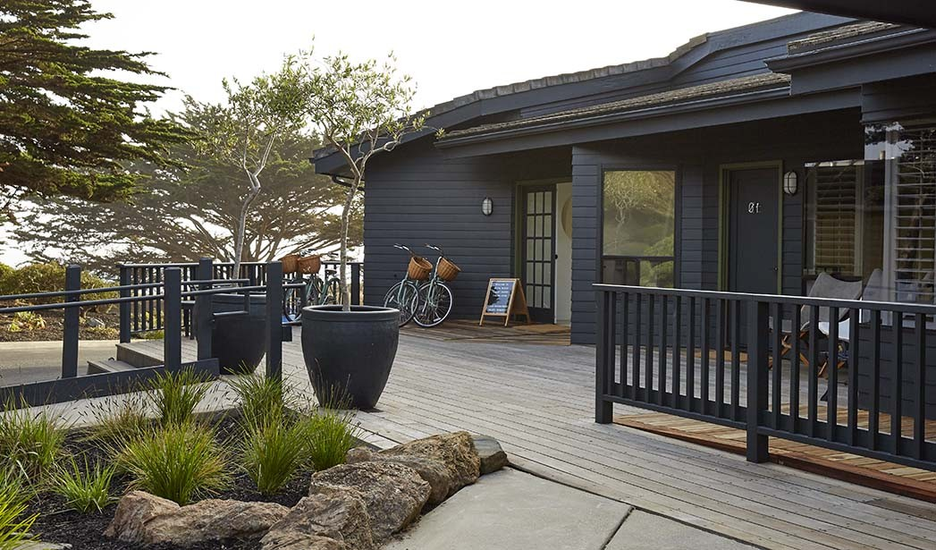 Außenansicht der White Water Lodge in Cambria