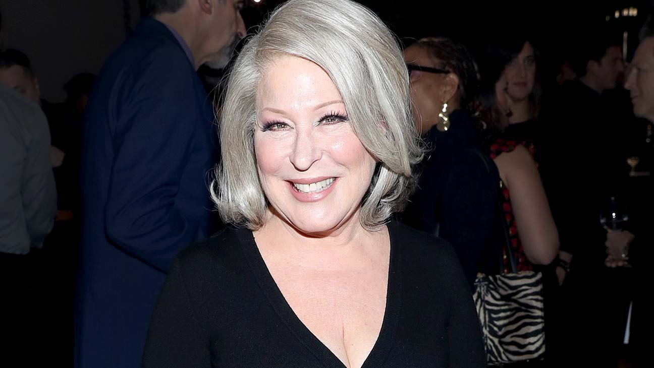 """Bette Midler on Reuniting With 'Hocus Pocus' Co-Stars: """"Right Back to Our Old Characters"""""""