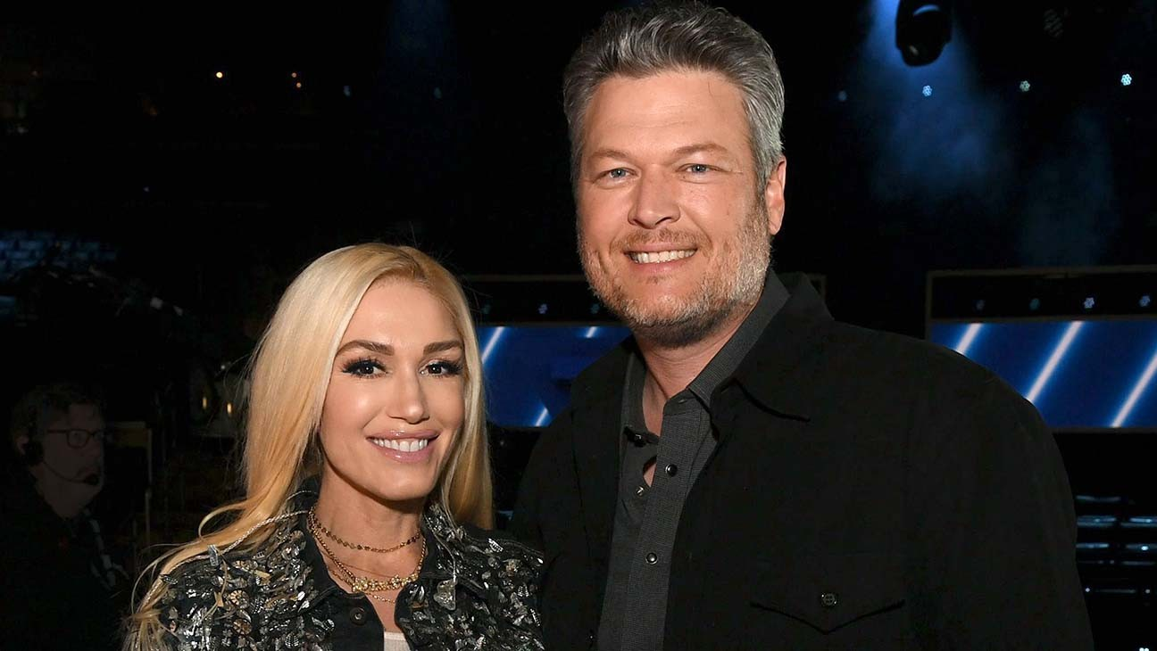 Gwen Stefani and Blake Shelton Reveal Engagement