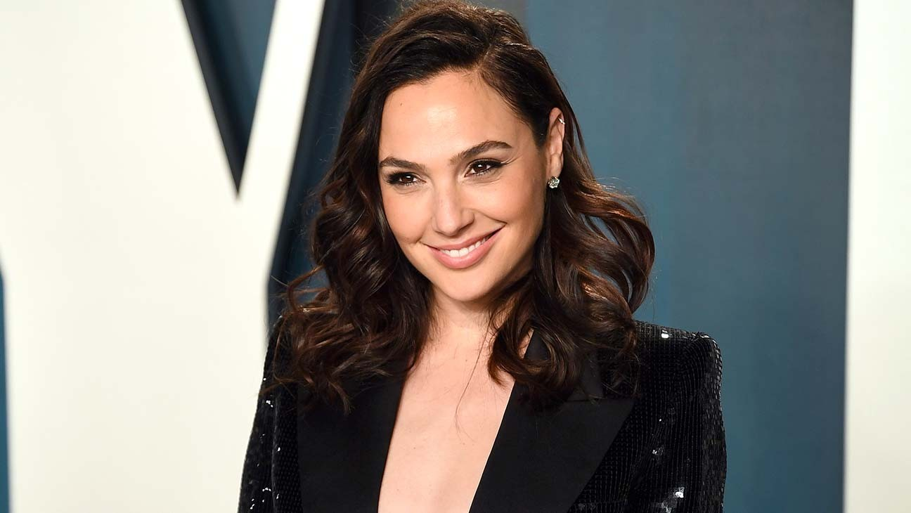 Gal Gadot to Lead Spy Movie 'Heart of Stone' for Skydance