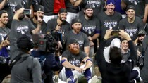 Dodgers' Justin Turner Lambasted for Celebrating Among Team Post Positive COVID Test
