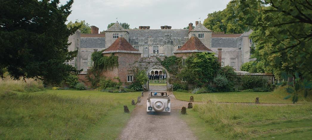 Das im 12. Jahrhundert erbaute Cranborne Manor in Dorset, England, wurde als Außenfassade von Maxim de Winters Anwesen Manderley genutzt.