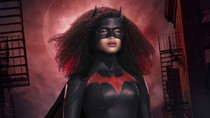 'Batwoman' Unveils First Look at Javicia Leslie in Costume