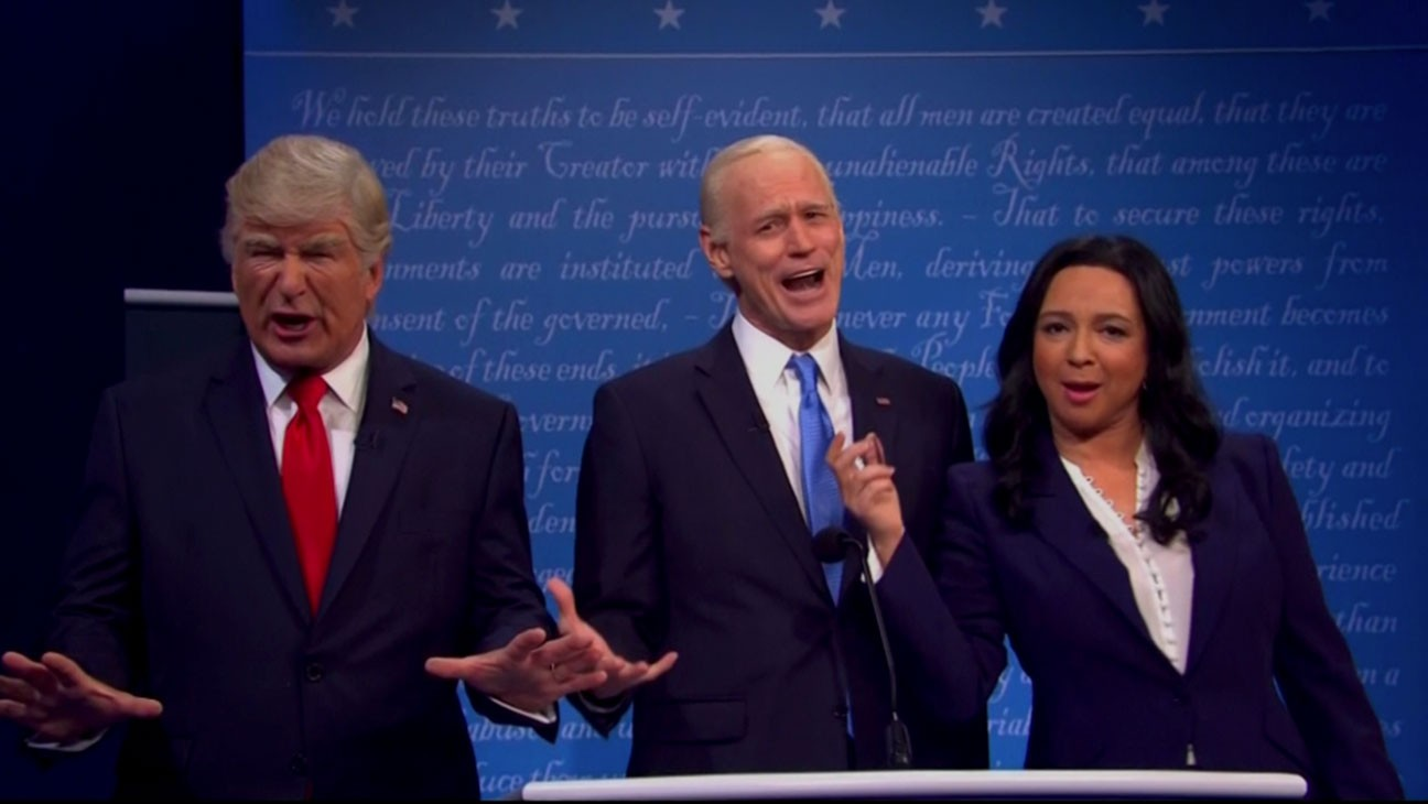 'SNL' Cold Open: Maya Rudolph Moderates Final Debate With Mute Button