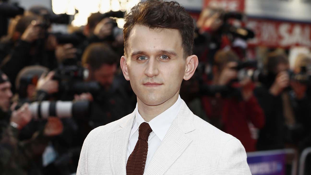 harry melling on queen s gambit and his haunting liam neeson team up hollywood reporter harry melling on queen s gambit and