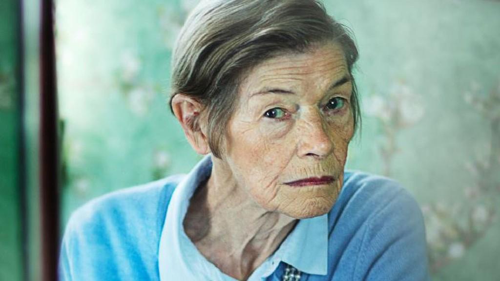 Glenda Jackson Elizabeth is Missing 1606148979 1024x577.