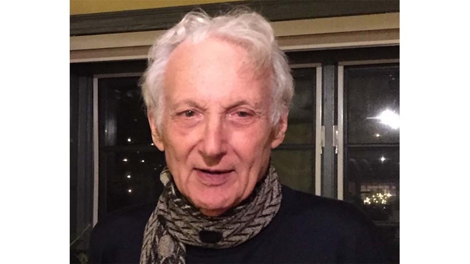 Robert W Garland