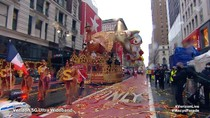 Macy's Thanksgiving Day Parade 2020 Kicks Off With Floats, Balloons and Masks