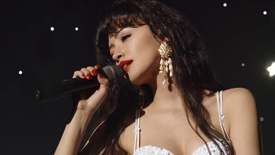 Selena CHRISTIAN SERRATOS