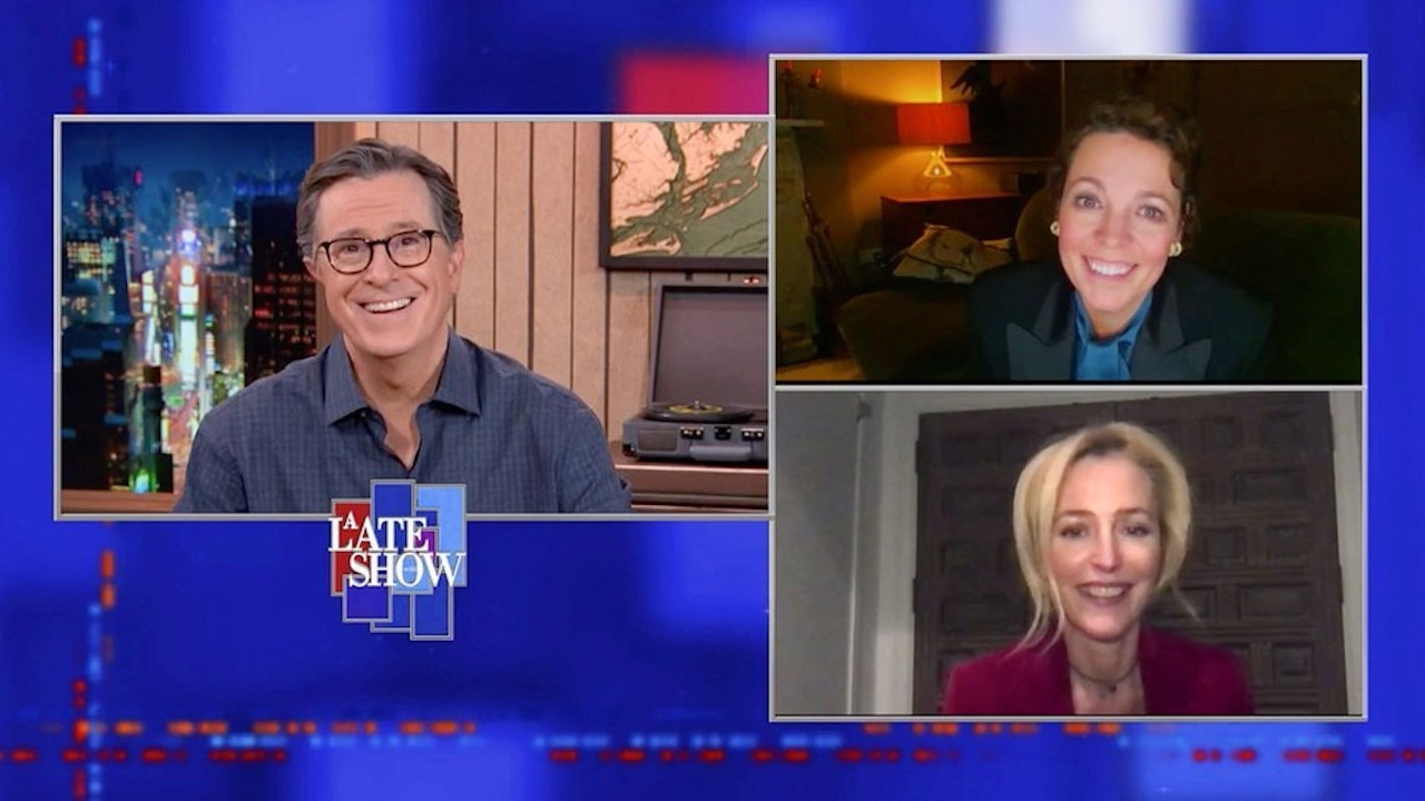 'The Crown' Stars Olivia Colman and Gillian Anderson Talk Meeting Real Royals on 'Late Show'