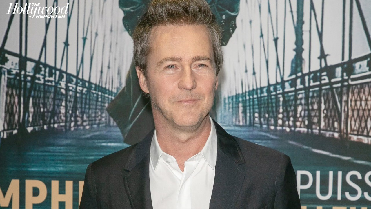 "Edward Norton Compares Trump's ""Desperate Endgame"" to a Failed Poker Hand 