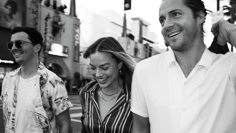 <p>(From left) Josey McNamara, Margot Robbie and Tom Ackerley in December on Hollywood Boulevard.</p>