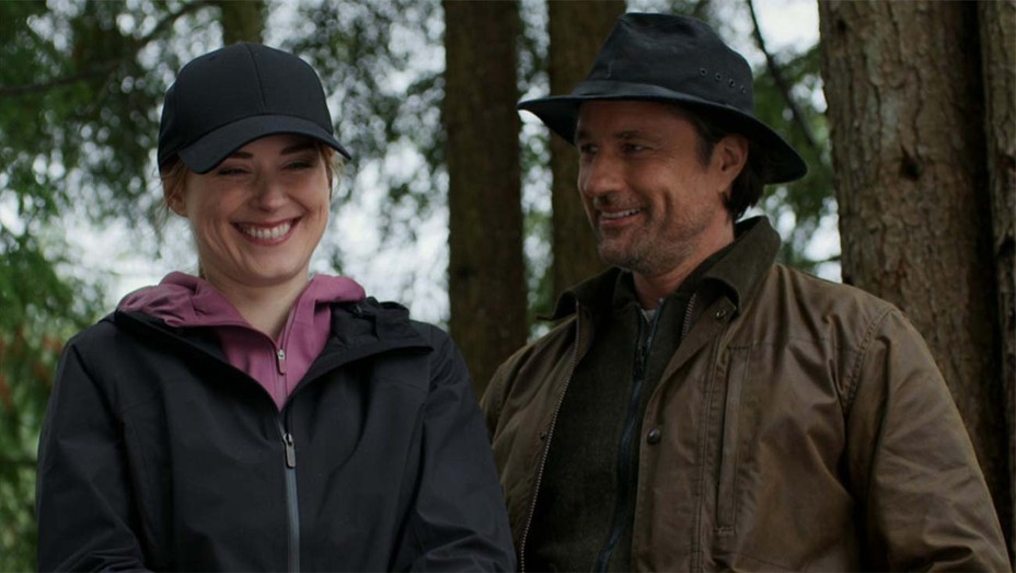 Martin Henderson as Jack Sheridan; Alexandra Breckenridge as Melinda Monroe of 'Virgin River'