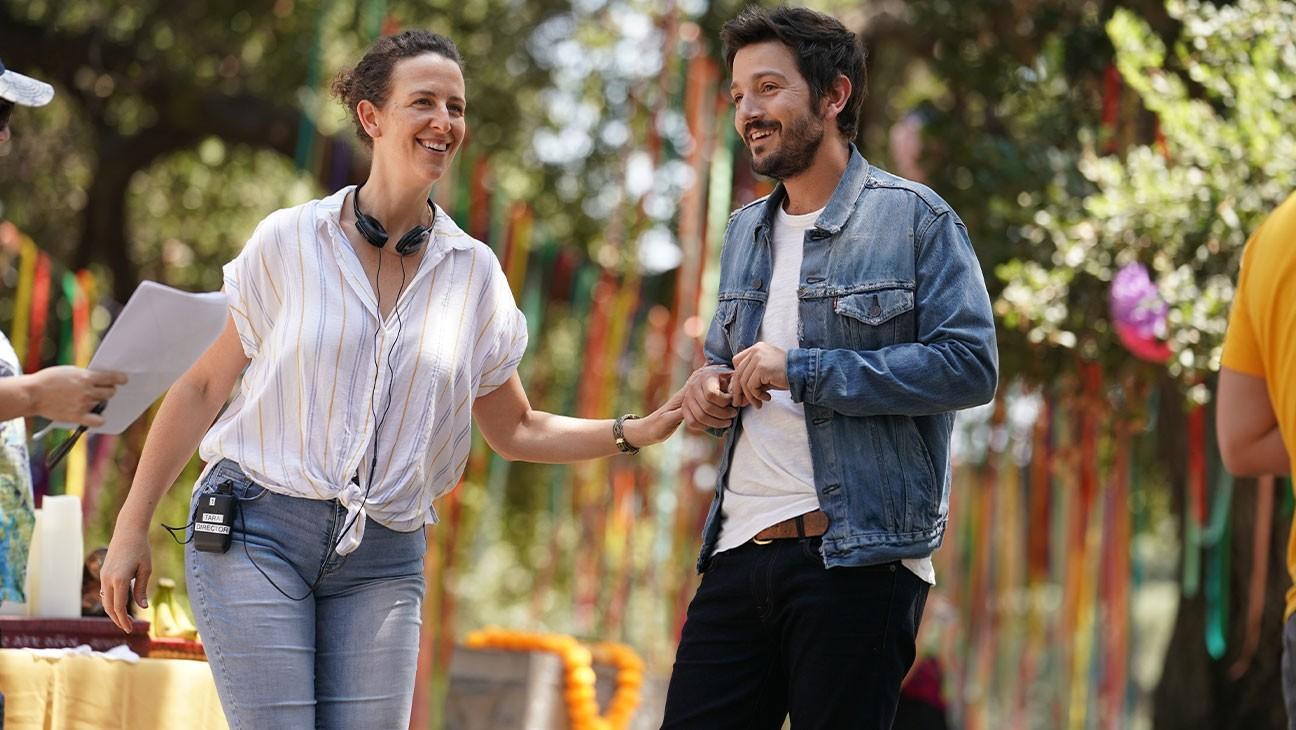 Tara Miele und Diego Luna am Set von 'Wander Darkly'.