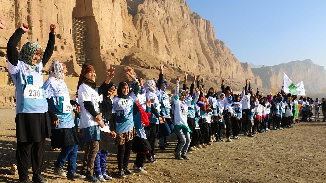 Canadian Doc Champions Women Secretly Running Marathons in Afghanistan