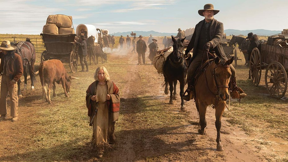 Helena Zengel and Tom Hanks in 'News of the World.'