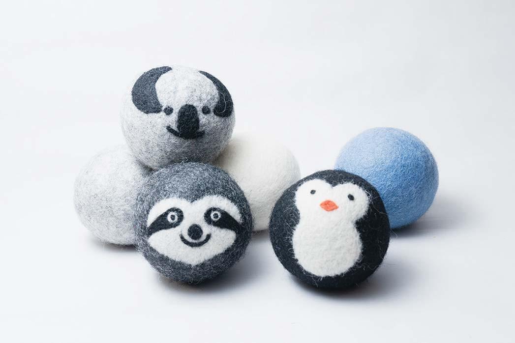 Eco Dryer Ball: Durch die Verwendung der Wolltrocknerbälle von Friendsheep zum Erweichen von Wäsche sind keine Einweg-Trocknerblätter mehr erforderlich. 16 US-Dollar für eine Viererpackung ohne Wasteshop.com