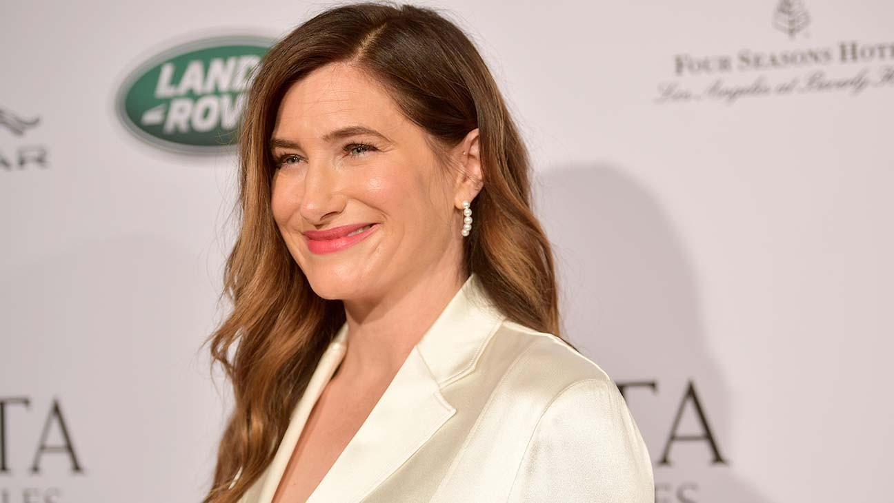 """Kathryn Hahn on 'WandaVision': """"I Couldn't Have Dreamt a Cooler Part"""""""