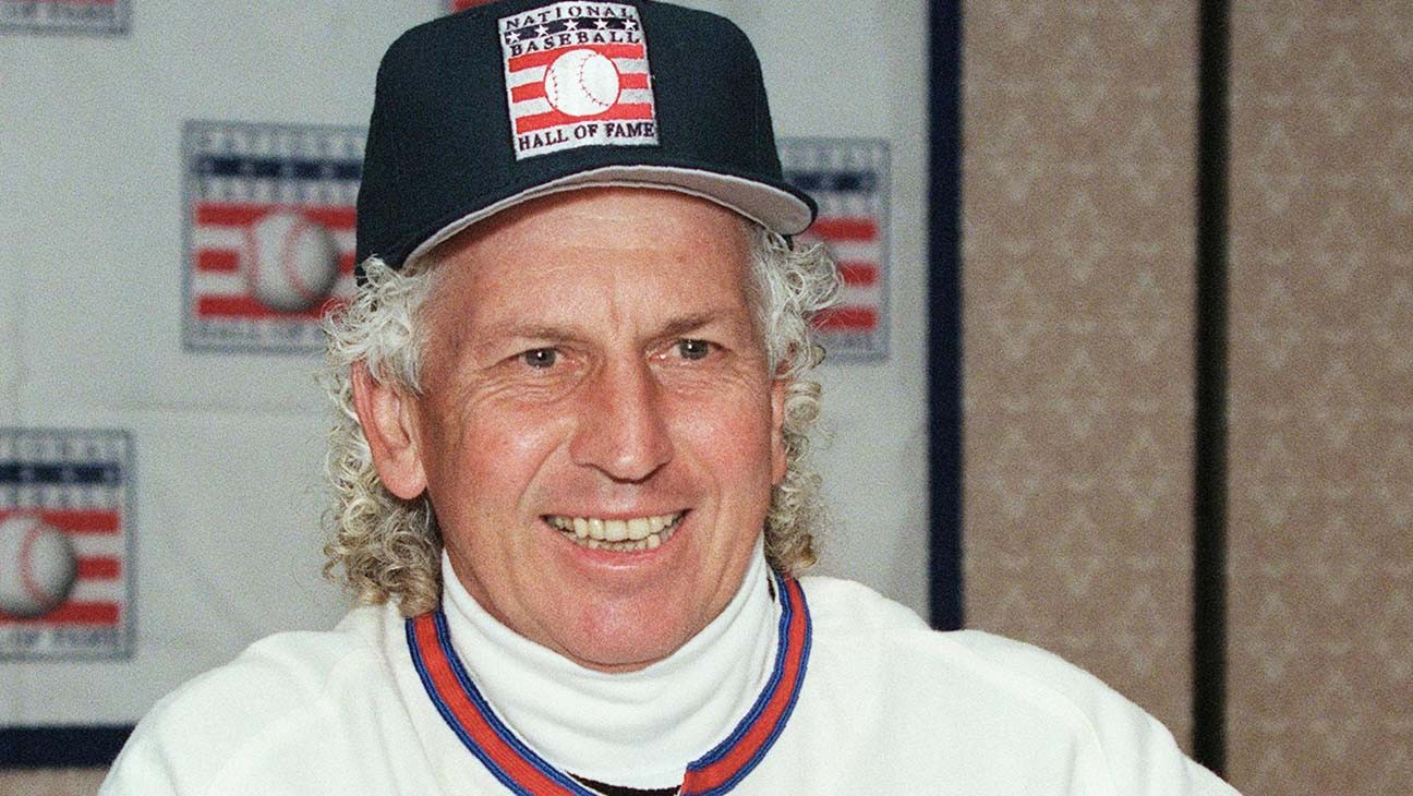 Don Sutton, Hall of Fame Pitcher for Los Angeles Dodgers, Dies at 75