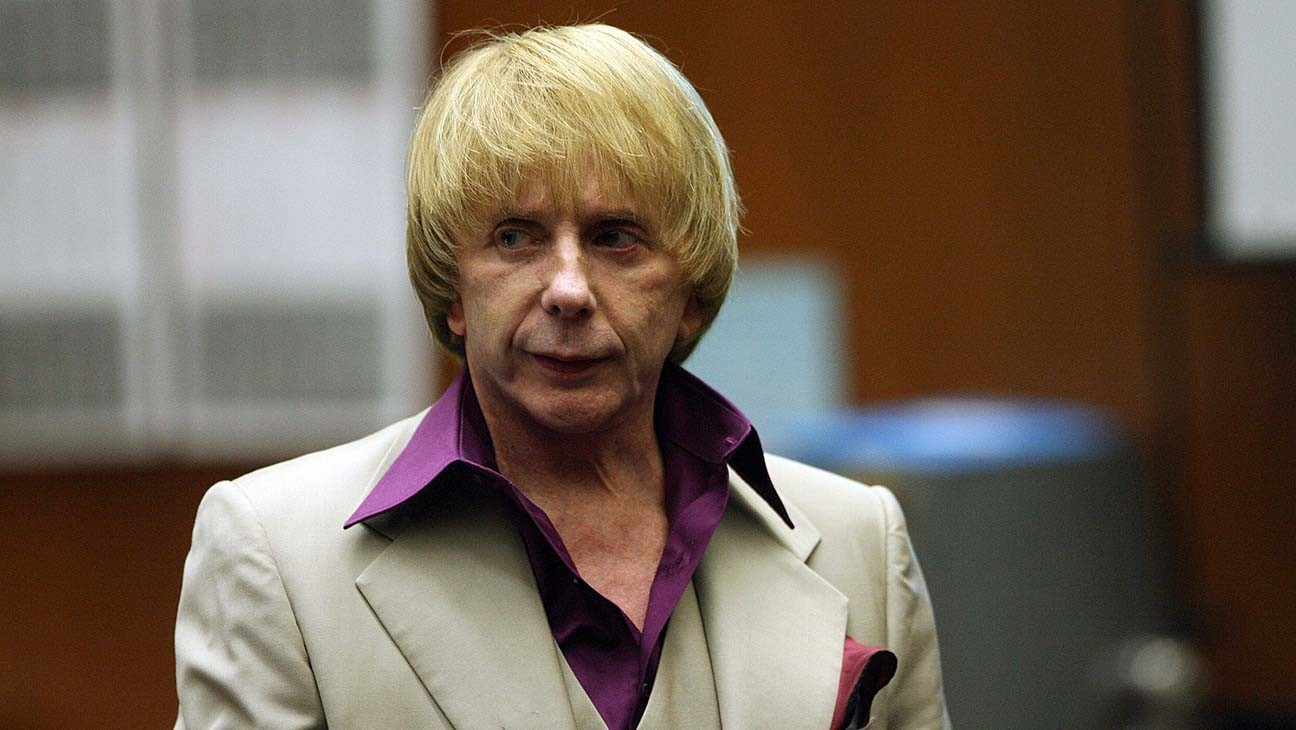 "Phil Spector, ""Wall of Sound"" Producer Convicted of Murder, Dies at 81"