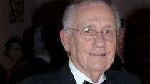 Philip J. Smith, Leader of the Shubert Organization, Dies at 89