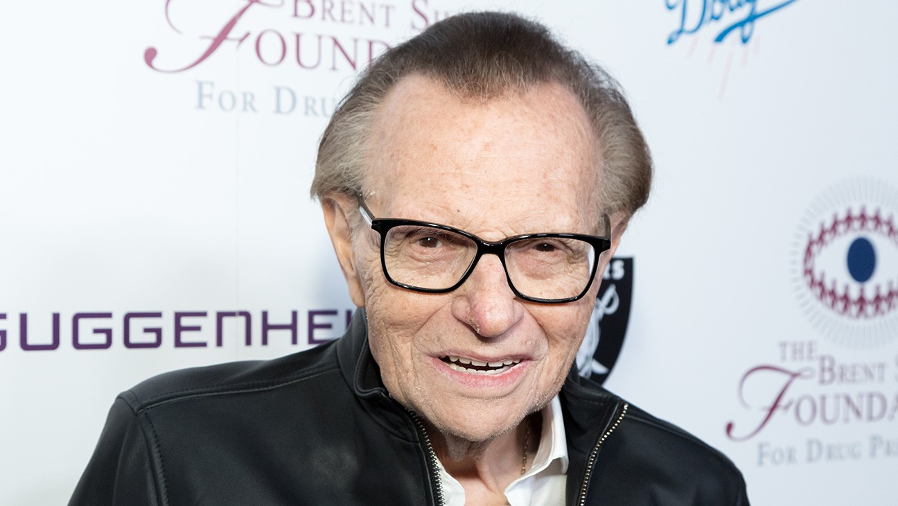 'Modern Family' Co-Creator Steve Levitan Says Larry King Once Found His Lost Credit Card