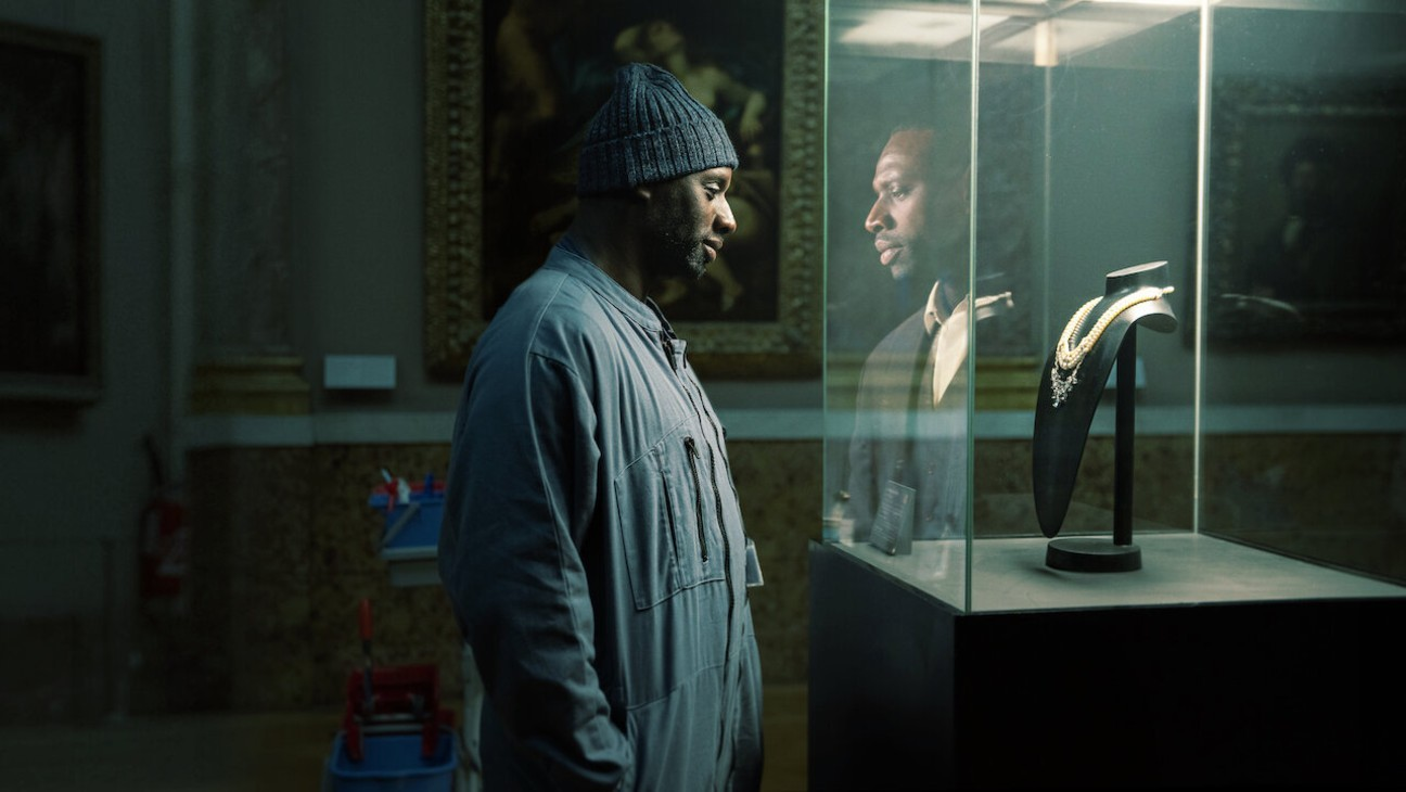 Netflix Romances French Industry, Finances Restoration of 'Napoleon'