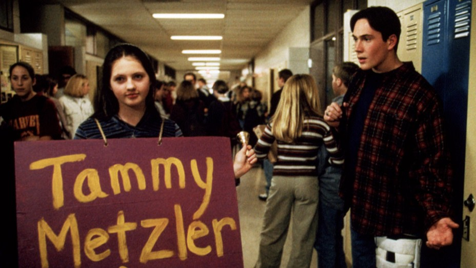 Jessica Campbell and Chris Klein in 1999 film ELECTION.