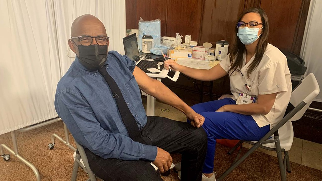 www.hollywoodreporter.com: Al Roker Receives COVID-19 Vaccine Live on 'Today' Show