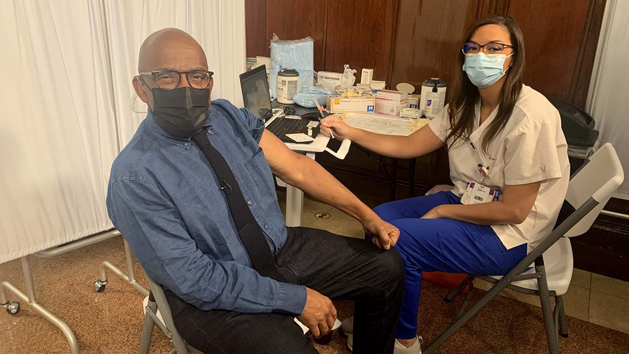Al Roker Receives COVID-19 Vaccine Live on 'Today' Show