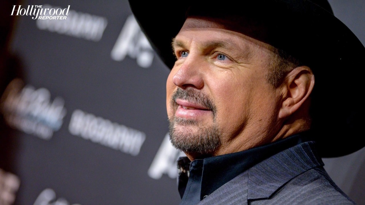 Garth Brooks Set to Perform at Joe Biden and Kamala Harris' Inauguration | THR News