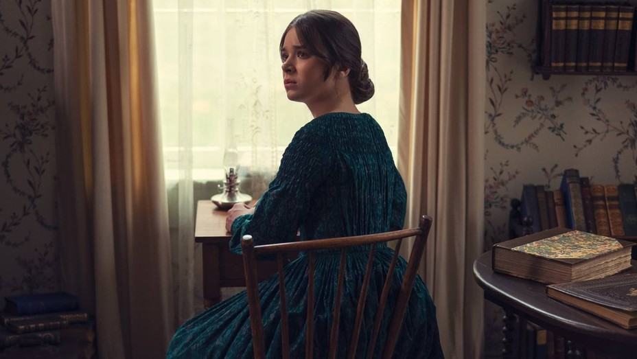 Hailee Steinfeld in 'Dickinson'