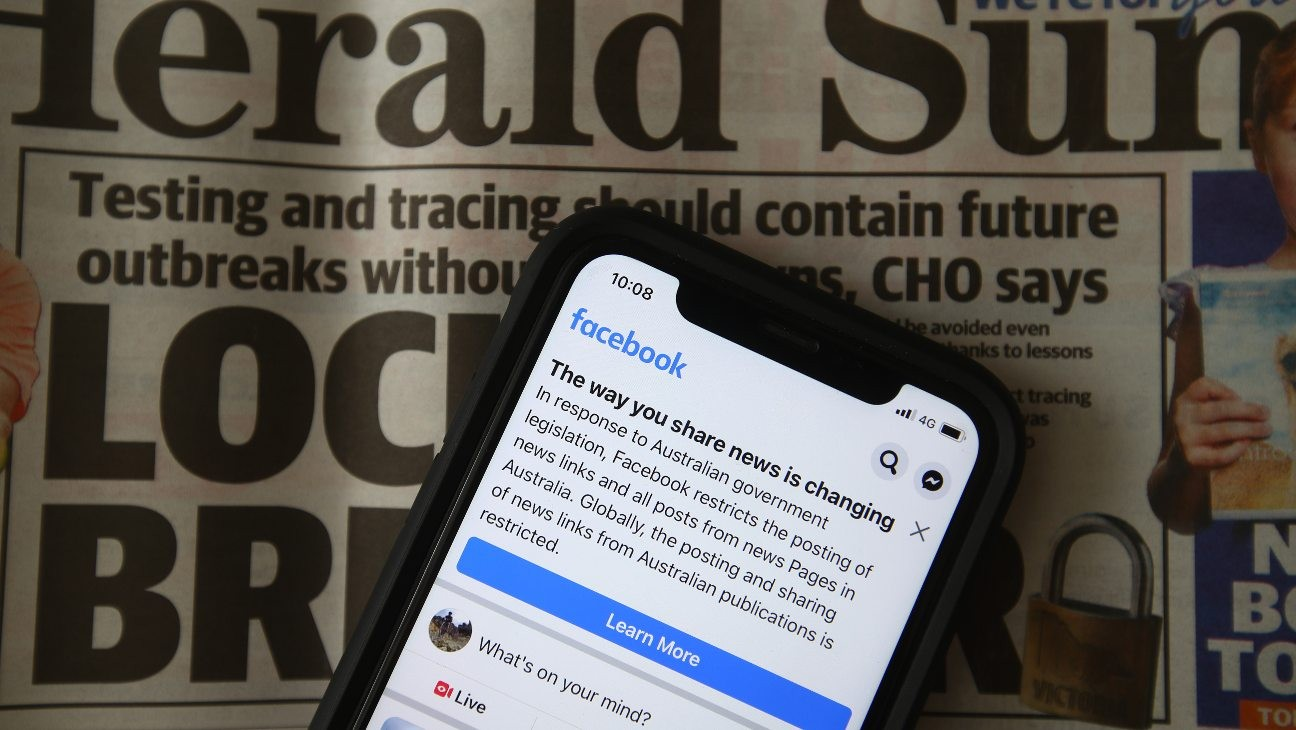 Facebook to Lift Australia News Ban