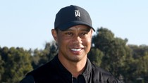 Tiger Woods Tweets Appreciation After Golfers' Red Shirt Tribute at Florida Tournament