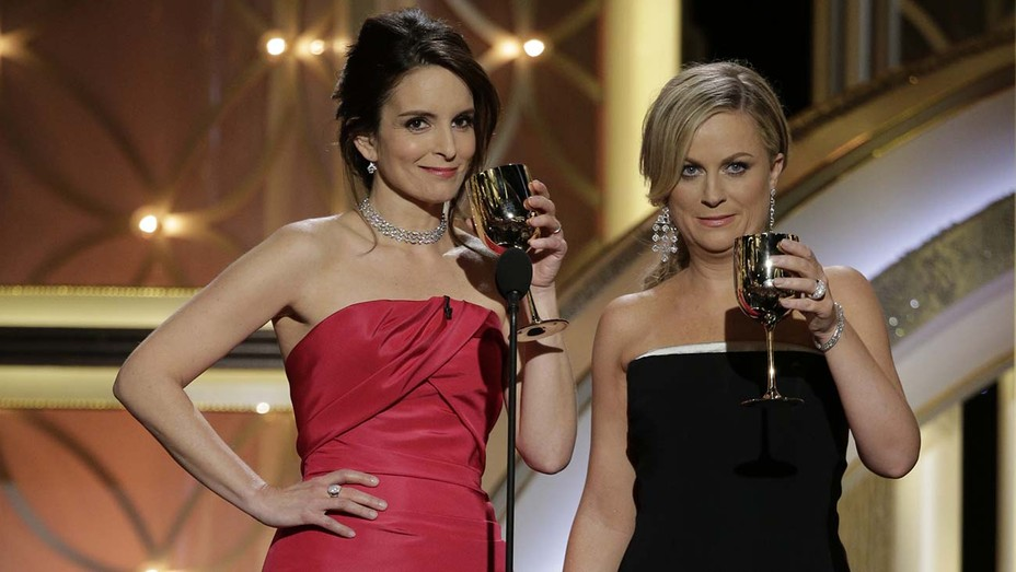 Tina Fey Amy Poehler at the 2014 Golden Globes