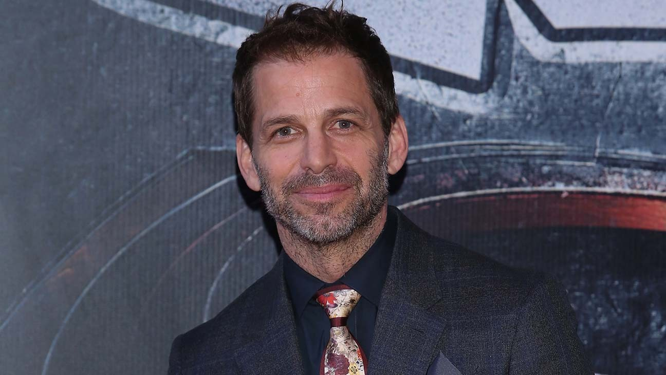 Zack Snyder Unveils Zombie-Filled 'Army of the Dead' Trailer