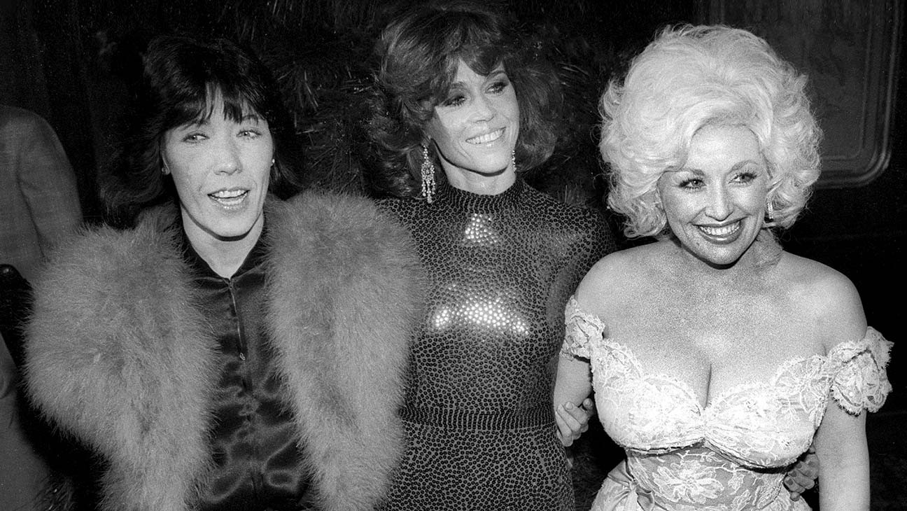 Hollywood Flashback: Dolly Parton's '9 to 5' Anthem Becomes Her First Pop No. 1