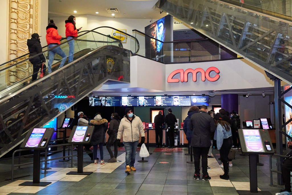 Box Office Pops Upon New York City Theaters Reopening - Hollywood Reporter